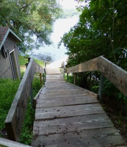 steps to boathouse